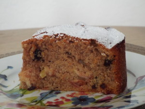 Blogger Guest Post - Apple and Cinnamon Cake Recipe The Oliver\\\'s Madhouse