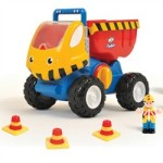 WOW Toys – Dudley Dump Truck Review (Giveaway Now Closed)