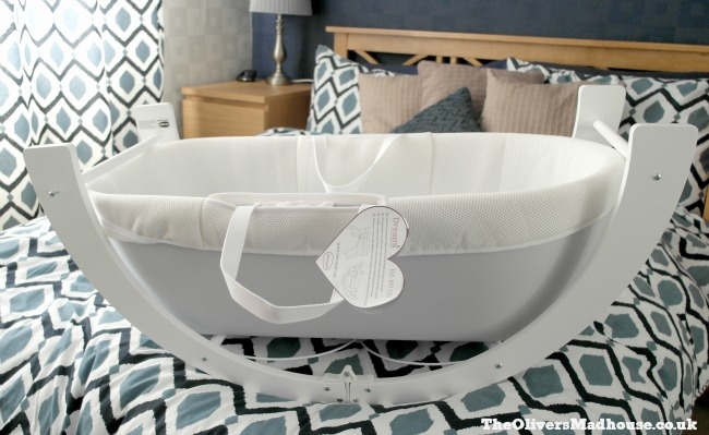 Our Initial Thoughts On The Shnuggle Dreami Clever Baby Sleeper The Oliver\\\'s Madhouse