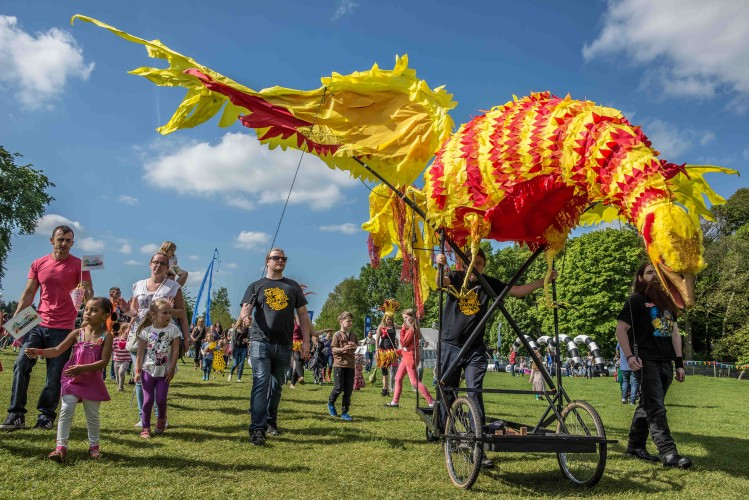 Geronimo Children's Festival At Tatton Park and Harewood House The Oliver\\\'s Madhouse