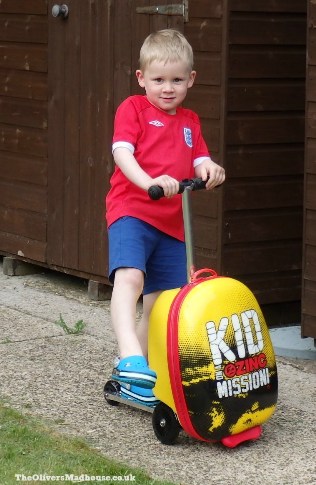 Flyte Midi Scooter Case - Kid On A Mission Review The Oliver\\\'s Madhouse