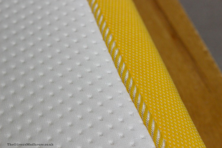 closeup-for-seams-on-eve-mattress