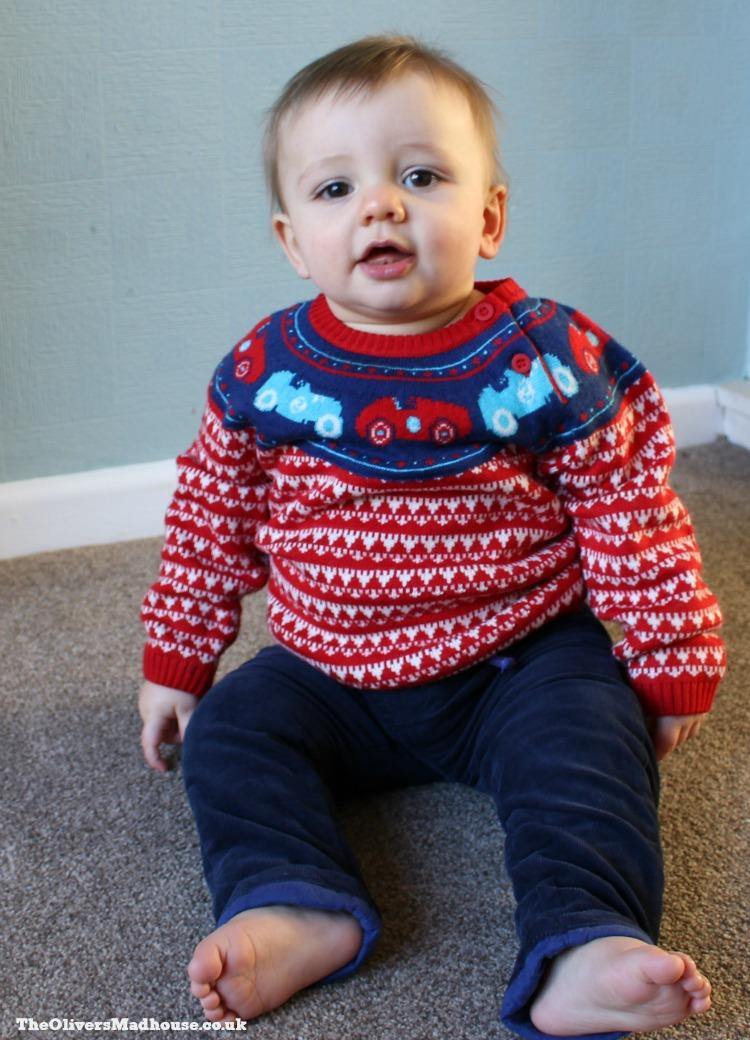 boots-mini-club-festive-jumper-combo