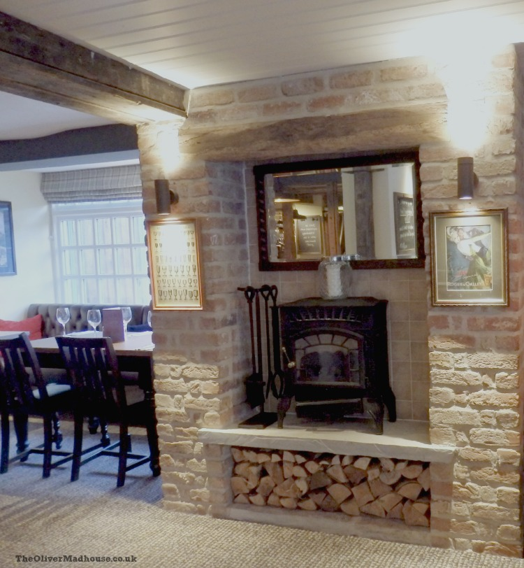 A Review: The Springfield Inn Lowdham Nottingham The Oliver\\\'s Madhouse