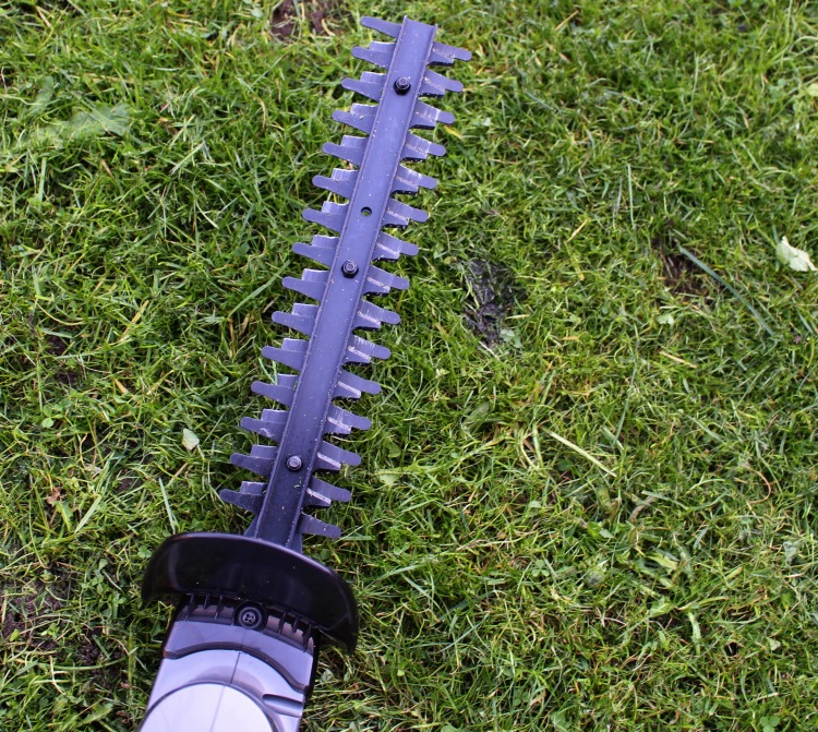 A Review Of The Gtech HT05-Plus Hedge Trimmer The Oliver\\\'s Madhouse