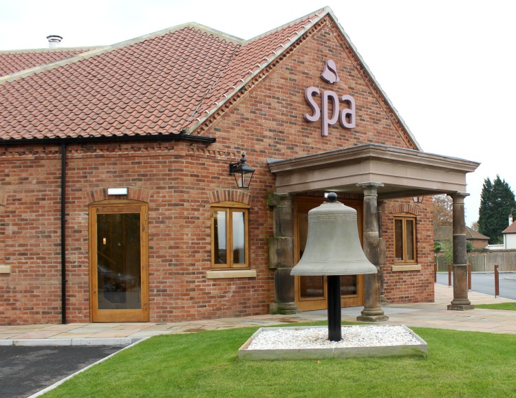 Ye Olde Bell Luxury Spa In Nottinghamshire The Oliver\\\'s Madhouse