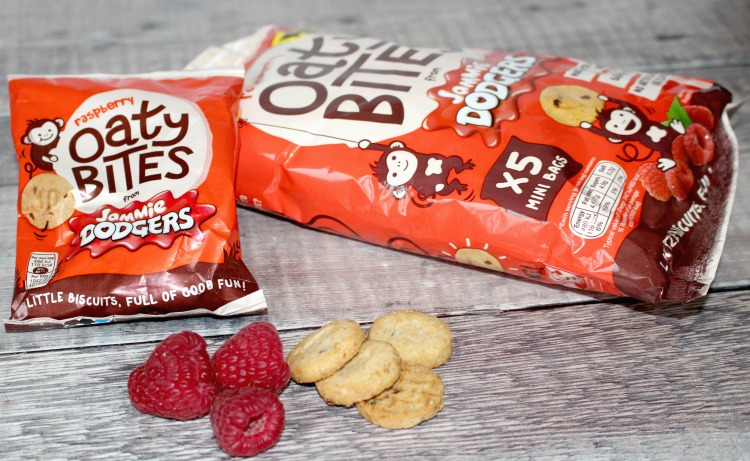 Reducing The Kid's Sugary Snack With Jammie Dodgers Oaty Bites + Giveaway The Oliver\\\'s Madhouse