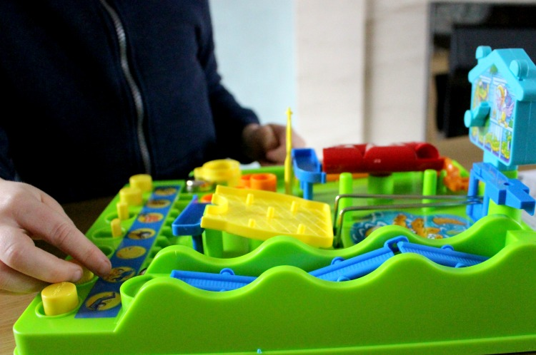 Family Boardgames With Tomy + Giveaway The Oliver\\\'s Madhouse