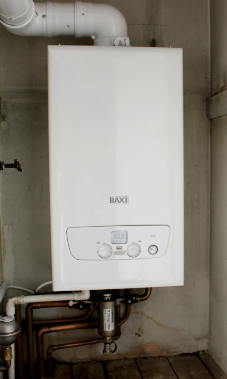 Keeping Warm With The Baxi 600 Combi Boiler & The uSense Thermostat The Oliver\\\'s Madhouse