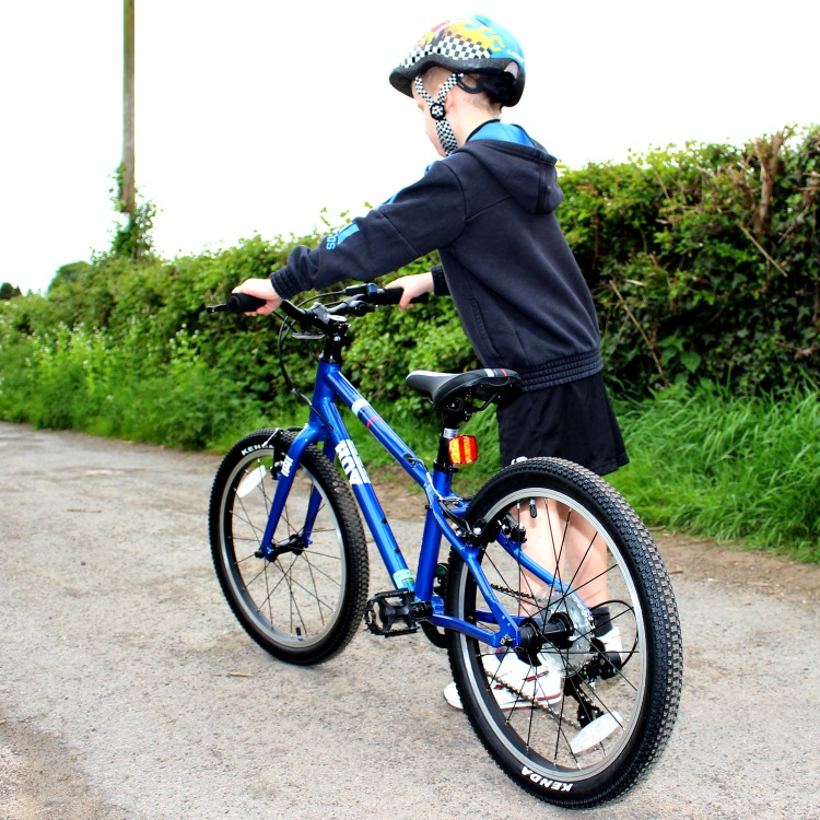 Why Learning To Ride A Bike Is A Life Skill - Sir Chris Hoy's New Bikes! The Oliver\\\'s Madhouse