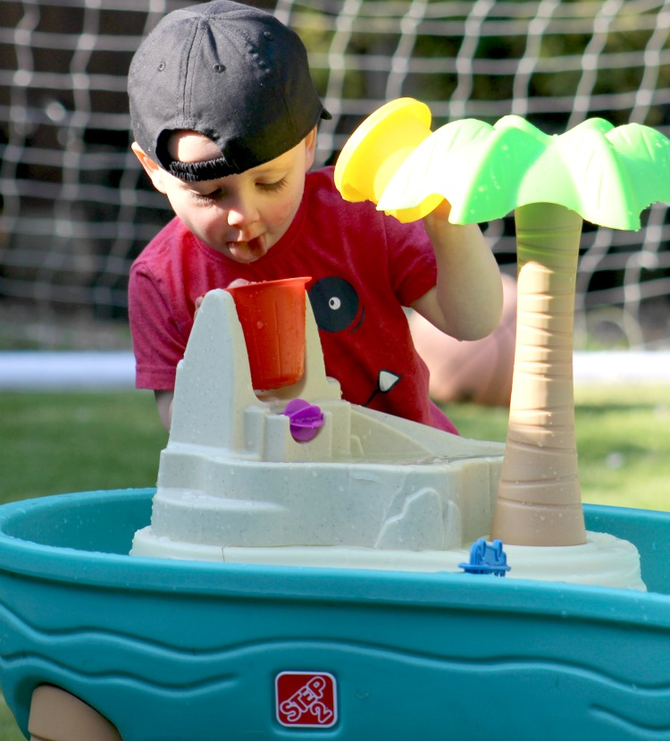 Summer Fun With The Step2 Splish Splash Seas Water Table The Oliver\\\'s Madhouse