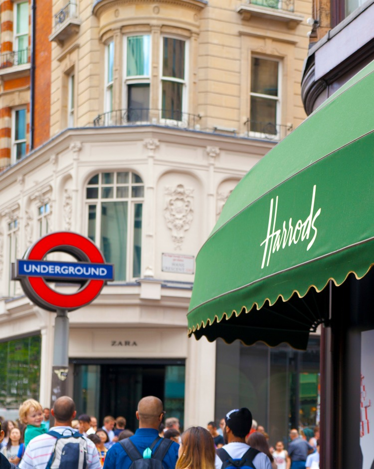Harrods: The History and Why You Should Visit The Oliver\\\'s Madhouse