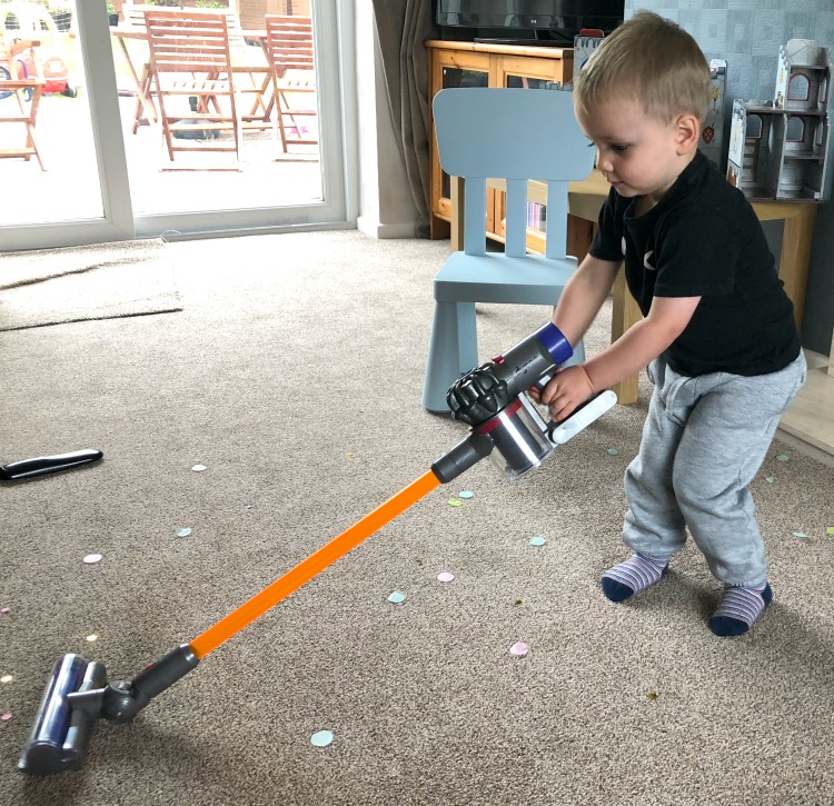 Casdon Little Helper Dyson Cord-free Vacuum Cleaner Toy - A Review