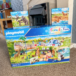 Playmobil Large City Zoo – A Review #AD – The Oliver's Madhouse